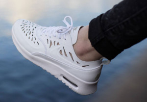 nike-air-max-thea-joli-white-11